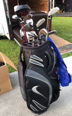 Nike bag with Prostaff Clubs for Sale in Lakeland, FL