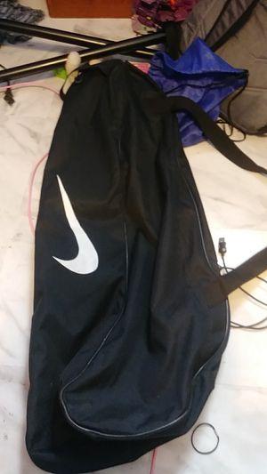 NIKE BASEBALL BAT BAG OR MULTI SPORTS BAG 10.00 for Sale in Newark, OH