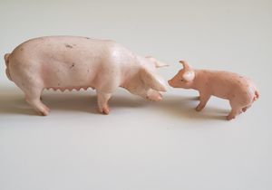 Schleich Mother and Baby Pig & Sow Pink Farm Animal Toys. for Sale in Brentwood, MD