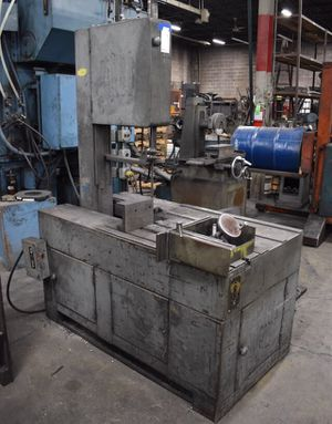 "GROB 18"" VERTICAL BAND SAW MODEL C018 30"" x 34"" Table for Sale in Brownsville, TX"