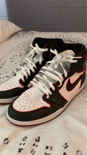 Shoe Air Jordan 1 Retro High OG for Sale in Tucson, AZ