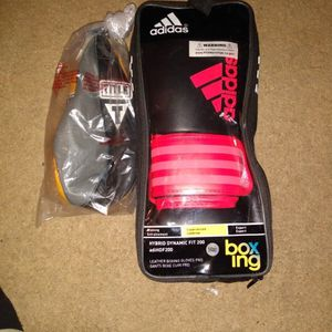Boxing Gloves Adidas And Speed Bag for Sale in Palmdale, CA