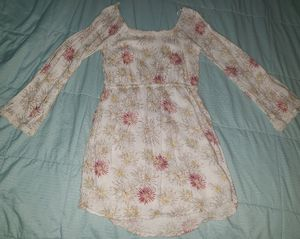 O'neill Girls Flower print Dress Size Small Boho Long sleeves with a little bit of a bell Ivory with pink, tan and yellow wildflowers for Sale in Fullerton, CA