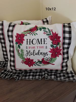 2 10x12 Christmas throw pillows for Sale in Evansville, IN