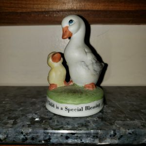 "Russ mama duck & duckling A child is a special blessing 2 3/4"" for Sale in Zanesville, OH"