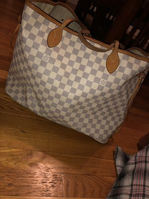 Authentic Louis Vuitton tote bag & wallet for Sale in Milton, MA