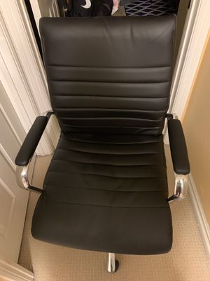 Black Office chair for Sale in Cypress, CA