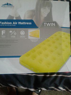 Twin size fashion air mattress for Sale in Gaithersburg, MD