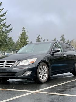 2011 Hyundai Genesis for Sale in Spanaway,  WA