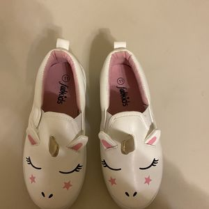 Girls Slip On Unicorn Shoe Brand New for Sale in Woolwich Township, NJ