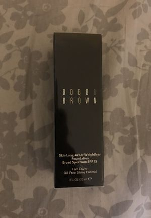Bobbi Brown Skin Long-Wear Weightless Foundation for Sale in Los Angeles, CA