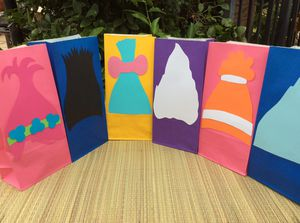 Trolls birthday decorations, trolls favor bags, trolls plates set of 12 for Sale in Los Angeles, CA
