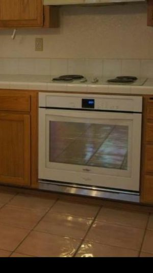 New Whirlpool oven for Sale in Tracy, CA