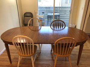 Dining table plus 4 chairs for Sale in Centennial, CO