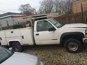 1998 chevy silverado 3500 for Sale in Chicago, IL