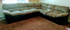 Black and gray sectional couch for Sale in Henderson, KY