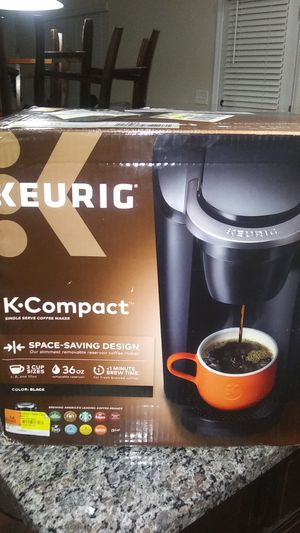 Kurig coffee maker (black) for Sale in Elgin, SC