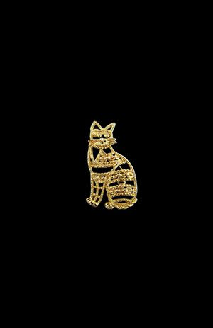 Vintage AJC Large Gold Tone Cat Brooch Pin Signed Kitty Twisted Metals Chain Ornate for Sale in Temecula, CA