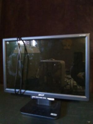 """Computer monitor 17"""" for Sale in Shippensburg, PA"""