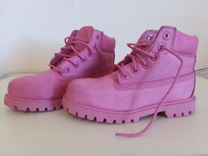 Timberland boots Leather Pink Girl's Size 12 for Sale in Adelphi, MD