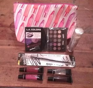 New Clinique Make-up Bag Set for Sale in Calvert City, KY