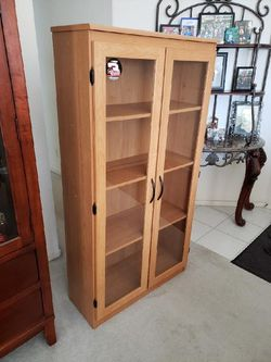 Vintage Bookshelf for Sale in Fresno,  CA