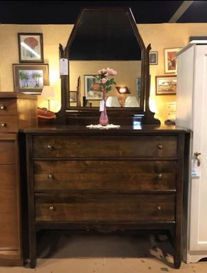 Antique Mahogany 3 Drawer Dresser w Mirror & Storage Nook for Sale in Weissport, PA