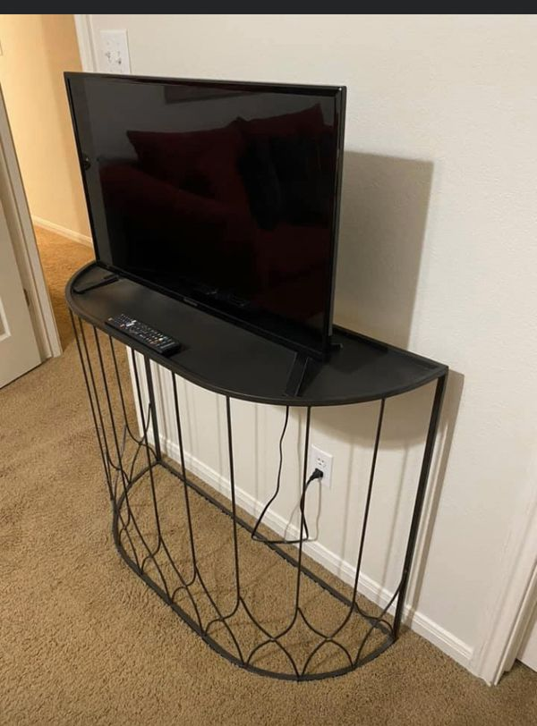 32 inches Westinghouse Smart TV and Black Metal Credenza Retail Price $595.00 Now $85.00