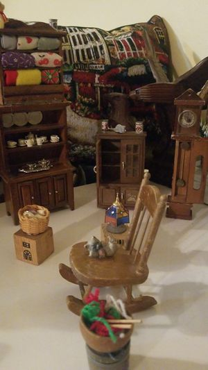Antique furniture very small for Sale in Phoenix, AZ
