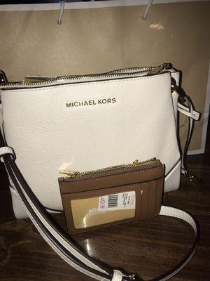 Michael kors purse & wallet for Sale in Smyrna, TN