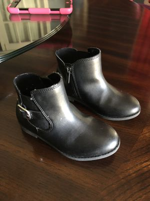 Size 9 little girl ankle boots for Sale in Odessa, TX