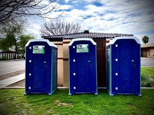 Porta potty for Sale in Tolleson, AZ