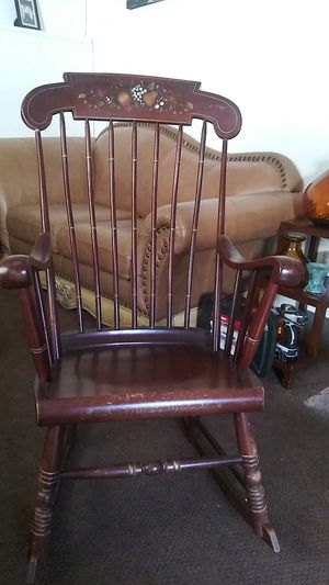 Antique rocking chair for Sale in Floral Park, NY