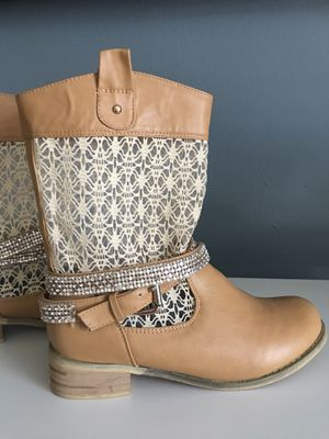 Cute western style boots for women new for Sale in Largo, FL