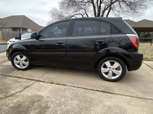 Kia Rio5 Hatchback for Sale in Owasso, OK