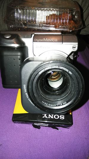 Sony MVC- FD91 Mavica 0.8MP Digital Camera with 14x for Sale in Modesto, CA