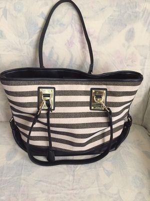 Tan and black striped purse. for Sale in Farmington, DE