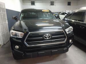 2016 Toyota Tacoma SR5 V6 for Sale in Hallandale Beach, FL