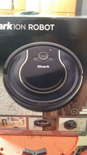 SHARK ION ROBOT for Sale in Portland, OR