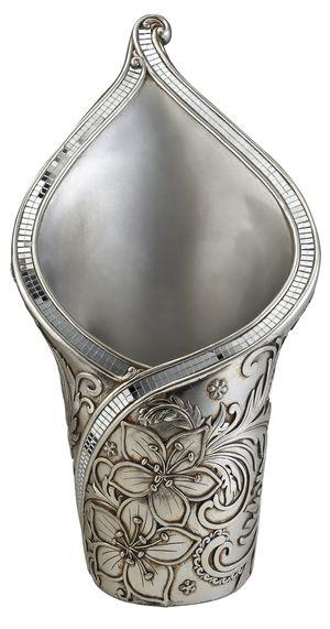 18 Inches Decorative vase for Sale in Alexandria, VA