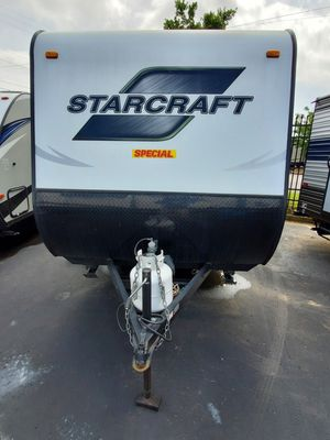 2016 Launch 17FB Travel Trailer! REDUCTION!! ONLY $8,999 for Sale in Nashville, TN