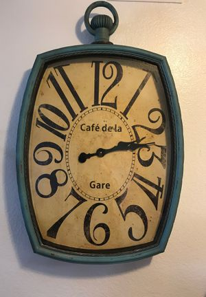 Beautiful, teal wall clock decor for Sale in Glendale, AZ