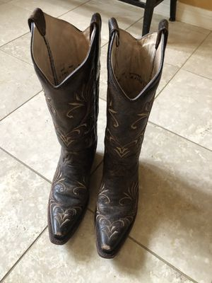 Circle G leather women's size 6 western boots for Sale in Tampa, FL