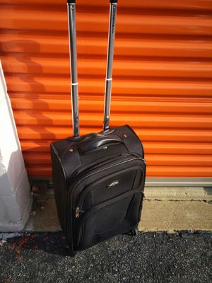 Small suit case somsonite for Sale in Washington, DC