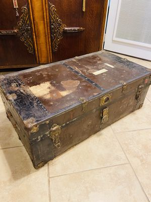Vintage Oldie Metal Steamer Trunk.. Would Also Make a Great Coffee Table for Sale in San Antonio, TX