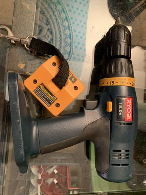 Ryobi battery operated power drill works but no battery or charger comes with belt clip for Sale in Tempe, AZ