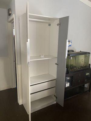 Freestanding Closet for Sale in Oakland Park, FL