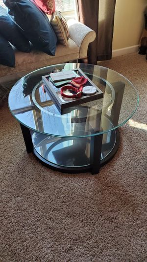 Contemporary coffee table and side stand for Sale in Apex, NC