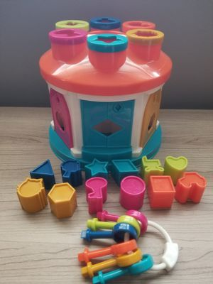 Battat Shape Sorter Toy for Sale in Queens, NY