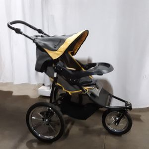 INSTEP STROLLER 3 WHEEL FOR CHILD BABY RUNNERS GOOD CONDITION for Sale in Valley View, OH